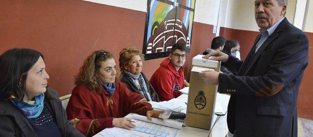 El voto del jefe de Gabinete, Elías Suárez
