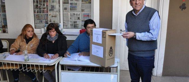 El voto del vicegobernador José Emilio Neder