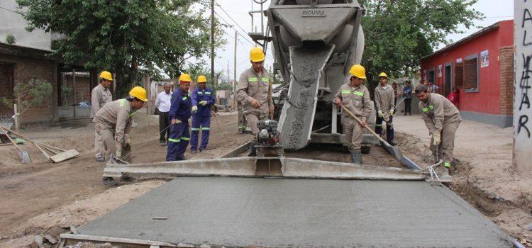El municipio avanza con encarpetado asfaltico y hormigonado de calles