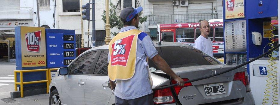 YPF se suma a Shell y aumenta el precio del gasoil