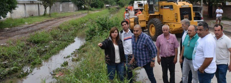 La intendente Fuentes supervisó los trabajos en desagües de la ciudad