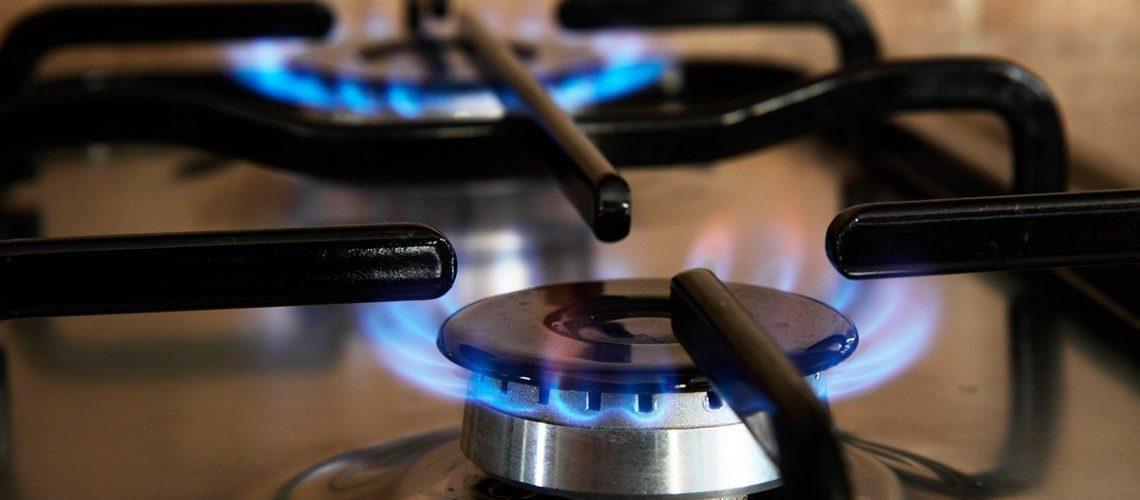 Organizaciones de consumidores van a la Justicia por el cargo extra en la tarifa de gas