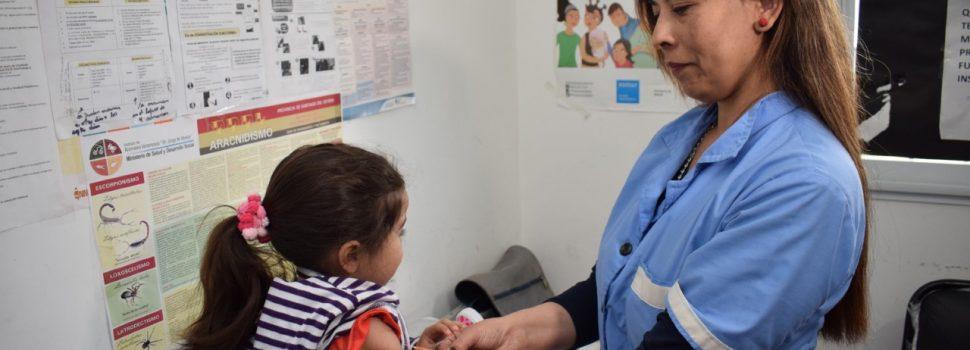 Intenso trabajo municipal de vacunación contra el Sarampión y la Rubeola