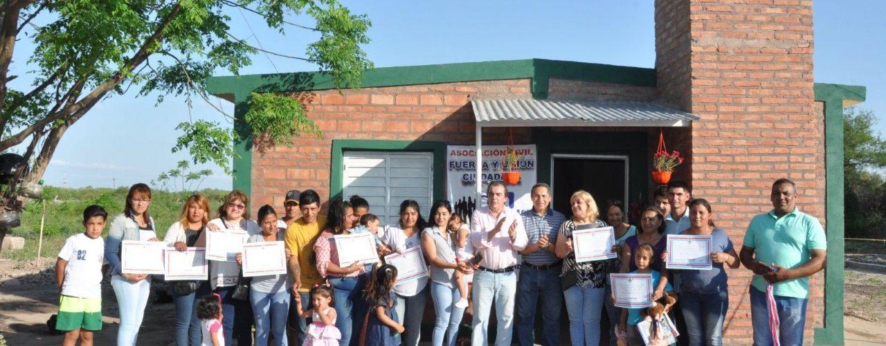 Entrega de viviendas sociales en La Banda