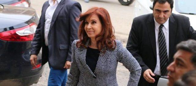 """Dictan la falta de mérito para Cristina Kirchner por la causa de la """"ruta del dinero K"""""""