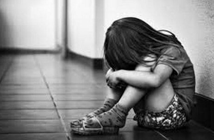 En la clase de Educación Sexual, una nena de 7 años contó que era abusada por su tío