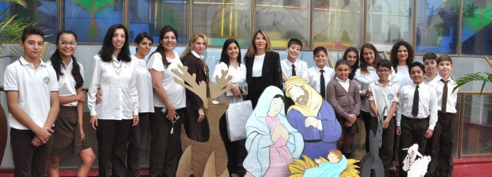 Alumnos del colegio San Francisco de  Asís entregaron un pesebre ecologico