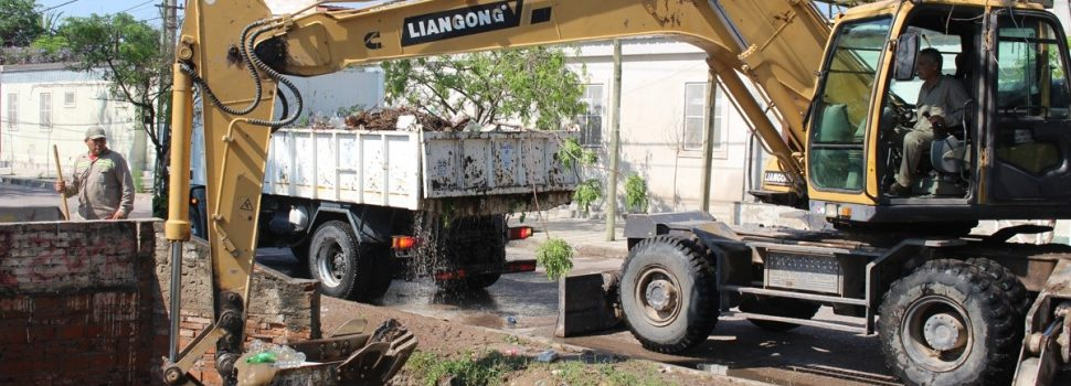 La comuna realiza permanentes tareas de limpieza en los desagües