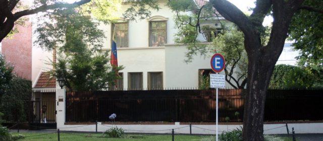 El Gobierno busca que los extranjeros que llegan a Buenos Aires vivan en el interior