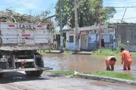 El Municipio asistió a familias y realizó el despeje de calles por el temporal de los últimos días