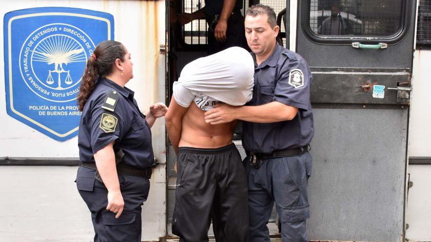 Liberaron a dos de los cinco detenidos por la violación grupal en Miramar
