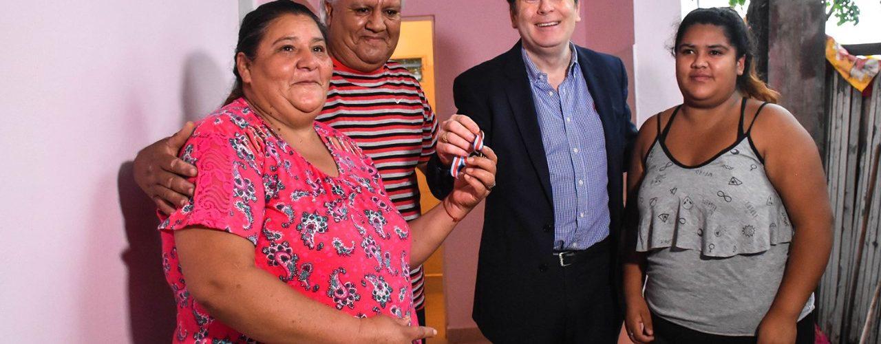 El Gobernador dejó habilitadas 54 viviendas