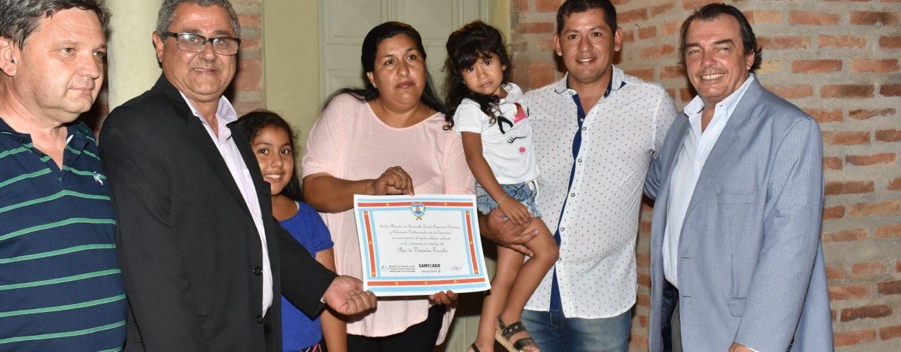 Con entrega de viviendas sociales y emotivo  acto, Campo Gallo celebró su aniversario