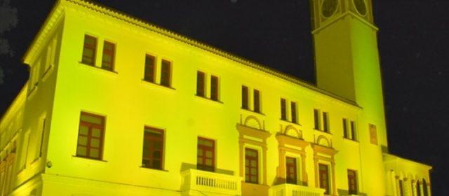 """Casa de Gobierno iluminada en adhesión  al """"Día Internacional del Cáncer Infantil"""""""