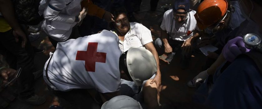 Los motociclistas enmascarados de Maduro aterrorizan en la frontera venezolana