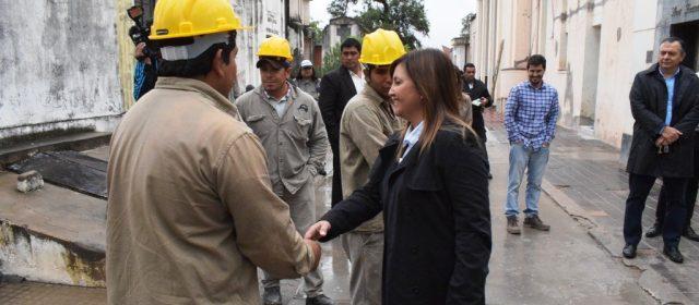 Fuentes supervisó la obra de remodelación del cementerio La Piedad