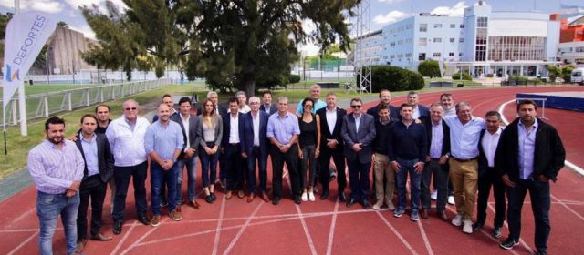 El Prof. Carlos Dapello participó de la  XVI Convención Nacional del Deporte