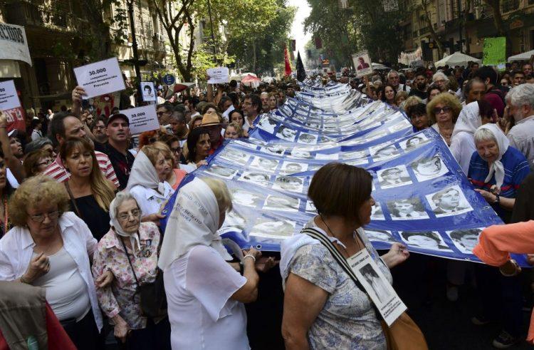 Marchas por el dia de la Memoria, Verdad y Justicia