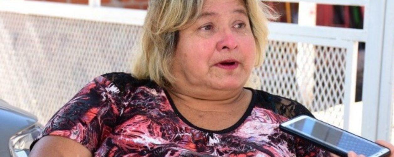 Chabela tiene cuatro hijos, estudió bajo la luz de la calle y se recibió de enfermera: hoy es jefa en un hospital