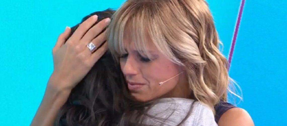 Mariana Fabbiani se quebró por el relato de Ana Paula sobre los abusos de su familia
