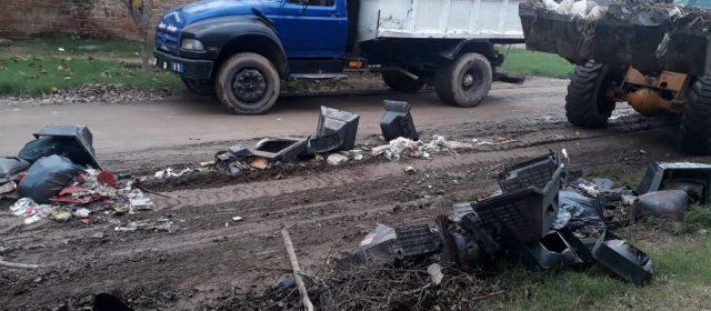 El municipio retiró basura electrónica en el barrio 8 de Abril