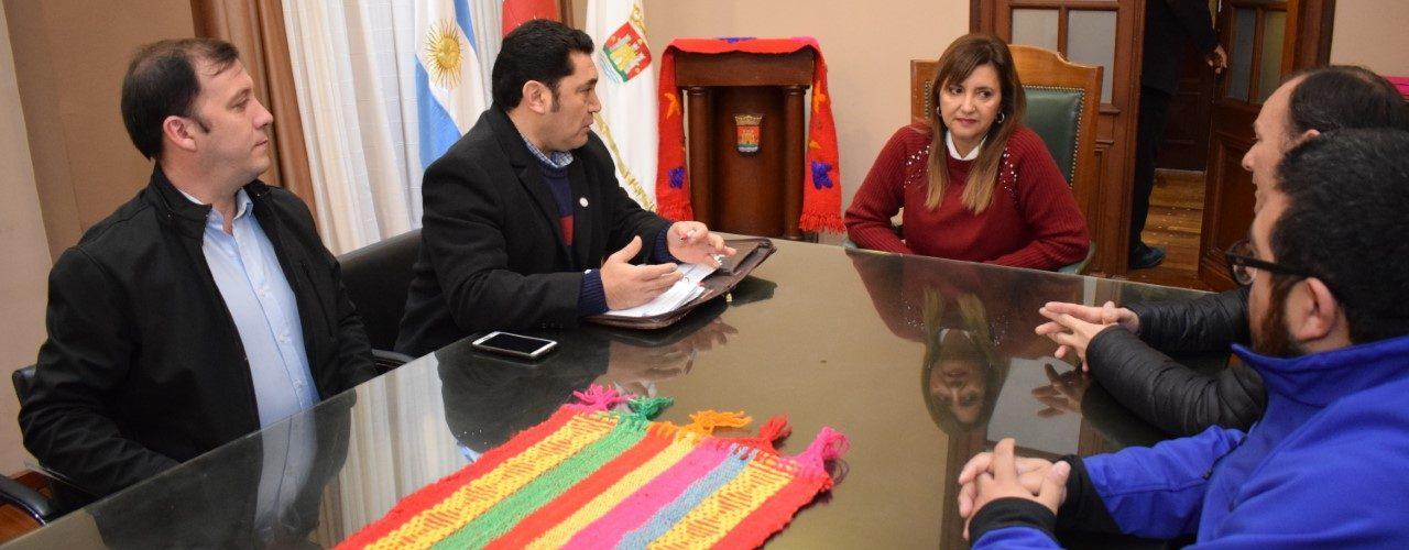 Fuentes se reunió con veterinarios santiagueños