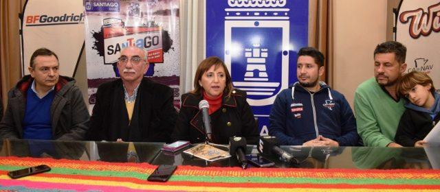 La intendente Fuentes presentó oficialmente el rally raid en Santiago