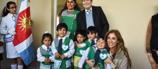 El Gobernador inauguró edificios  escolares en departamento Alberdi