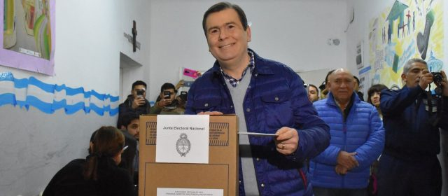 El voto del Gobernador Dr. Gerardo Zamora                                                                     El voto del Gobernador Dr. Gerardo Zamora