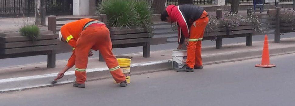 Trabajos de pintura en la avenida Belgrano norte