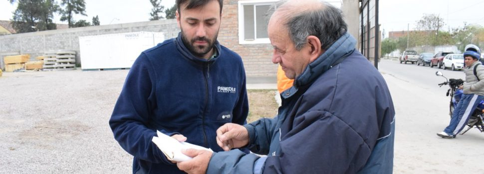 El municipio notificó la inmediata reposición de pavimento en la obra de la cloaca