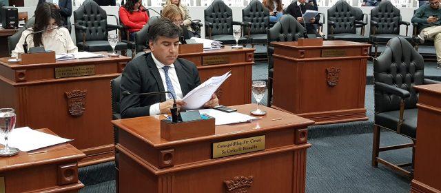 """Basualdo: """"Santiago tiene uno de los mejores gobiernos provinciales del país"""""""