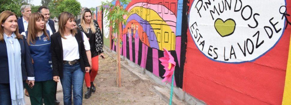 Fuentes destacó un proyecto sobre arte y ambiente del jardín del barrio La Católica