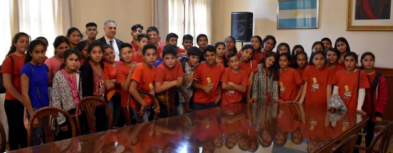 Alumnos del interior visitaron Casa de Gobierno