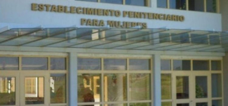 Un preso pidió cambio de cárcel porque se «autopercibió mujer»: embarazó a una detenida