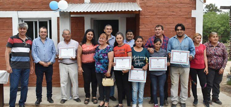 Entrega de viviendas sociales en Garza y Taboada