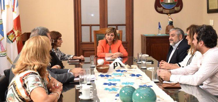 La Ing. Fuentes analizó con concejales del FC proyectos para este año