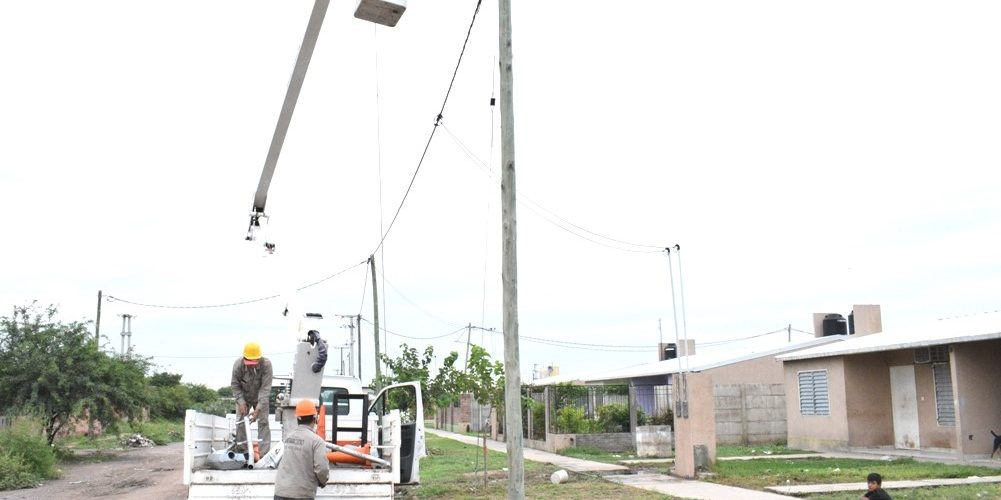 El municipio continúa con trabajos de mejoras de alumbrado en el barrio Belén