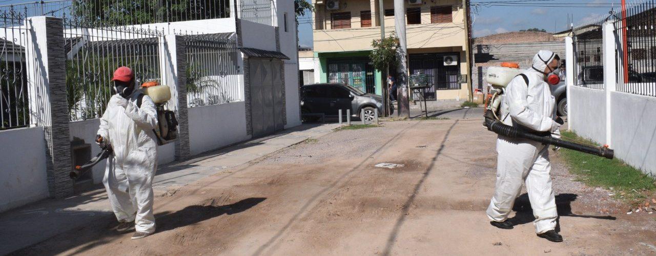La fumigación contra el mosquito del dengue avanzó en los barrios Alberdi y Sargento Cabral