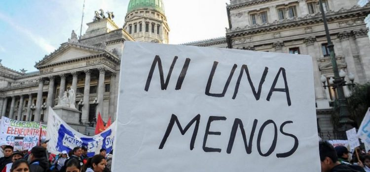 Femicidio: una mujer fue asesinada cada 12 horas en lo que va de marzo