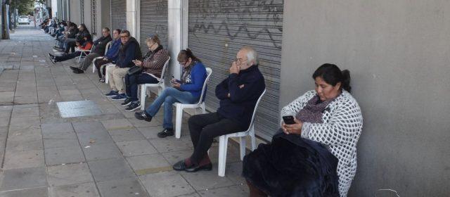 Cuarentena: el lunes reabren empresas de cobro de servicios