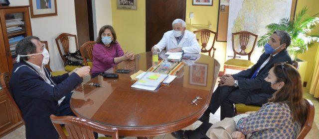 Reunión por las residencias de adultos mayores