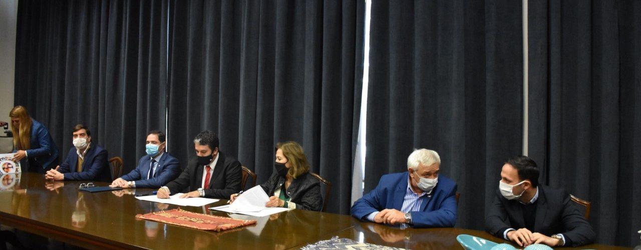 Ministerio de Salud y Municipios firman  Convenio para abrir oficinas de Incluir Salud