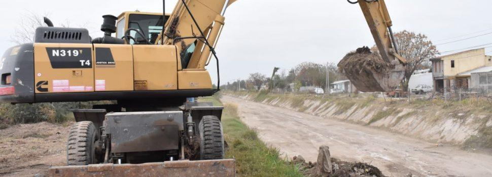 La Municipalidad realiza limpieza intensiva del Desagüe Principal Sur
