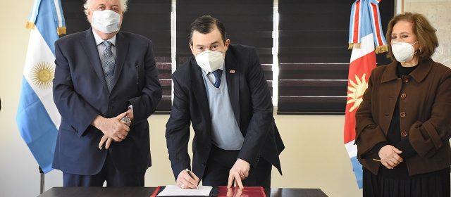 Firma de importantes convenios entre  Ministerio de Salud de Nación y la provincia